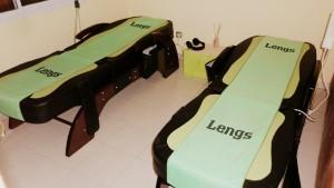 Camillas termomasajeadoras con piedras de jade - Cabañas Punta Colores & Spa Relax